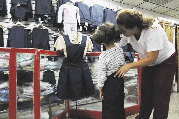 Informa Gobierno del Estado sobre plataforma para optimizar entrega de uniformes y útiles escolares